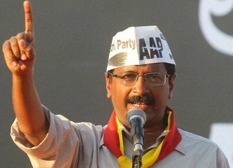 Anna Disowns Kejriwal as AAP Controversies Multiply