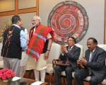 The Prime Minister, Shri Narendra Modi shaking hands with the Chairman of NSCN (IM), Shri Isak Chishi Swu, at the signing ceremony of historic peace accord between Government of India & NSCN, in New Delhi on August 03, 2015.