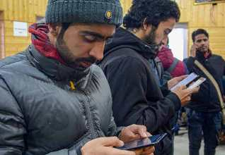 Use Of Social Media Allowed In Kashmir On Slower Networks