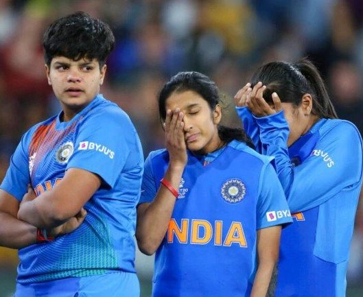 Women@@@s World T20: Abject And Humiliating Surrender By India