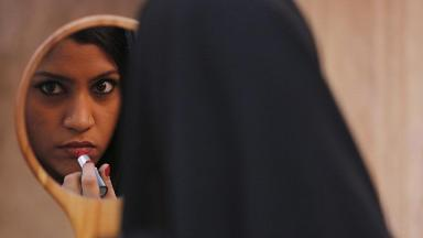 Lipstick and Much Else Under CBFC's Burkha