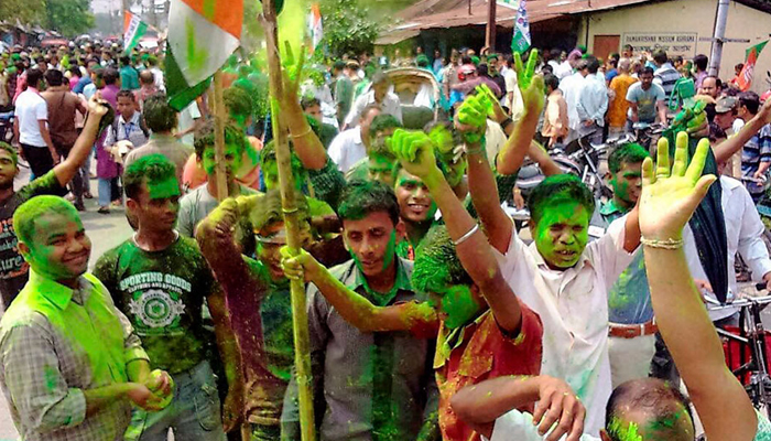Mamata Continues to Mesmerize Bengal Voters