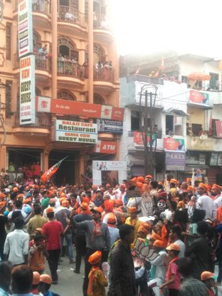 The Tiger In His Den: Modi Roadshow Floors Varanasi